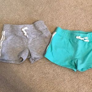 🌟 Carters 2 pair  shorts bundle 🌟
